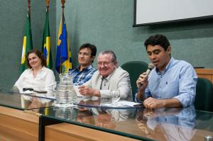 """Prof. Antônio Gomes, pró-reitor de Pesquisa e Pós-Graduação: """"Temos de olhar nossos resultados e enxergar neles a interação com a sociedade."""" (Foto: Viktor Braga/UFC)"""